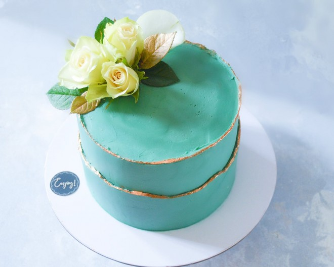 green-cake-angelasplate